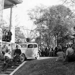 "Auburn Fans Start ""Unrolling Toomer's"" Tradition"
