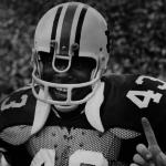 Legendary Legacy: Auburn DE LaDarius Owens interviews his uncle, James Owens, Auburn's first black football player