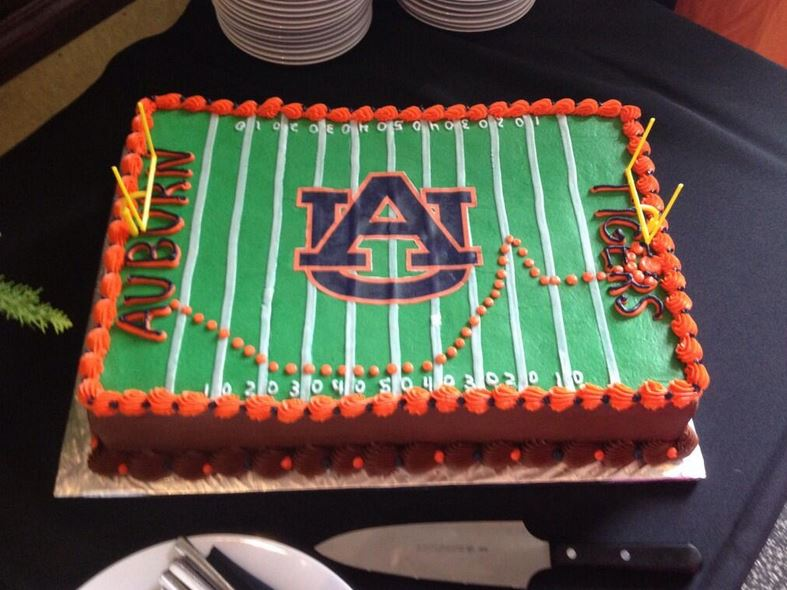 Latest Cake Six Groom S Cake Traces Chris Davis Iron Bowl