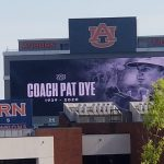 'I want to fertilize this tree': Pat Dye buried Tuesday beneath Toomer's Oak trimming